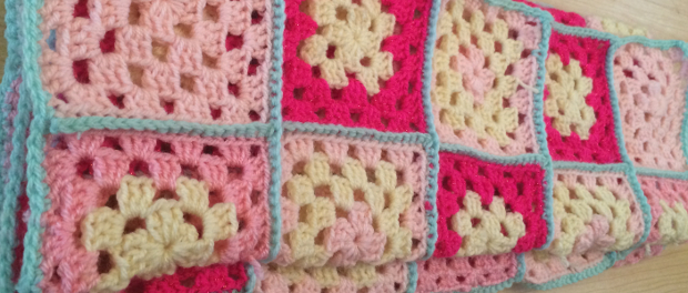 How to Crochet a Blanket with Multiple Granny Squares