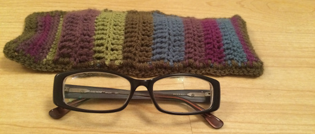 How to Crochet a Simple Glasses Case