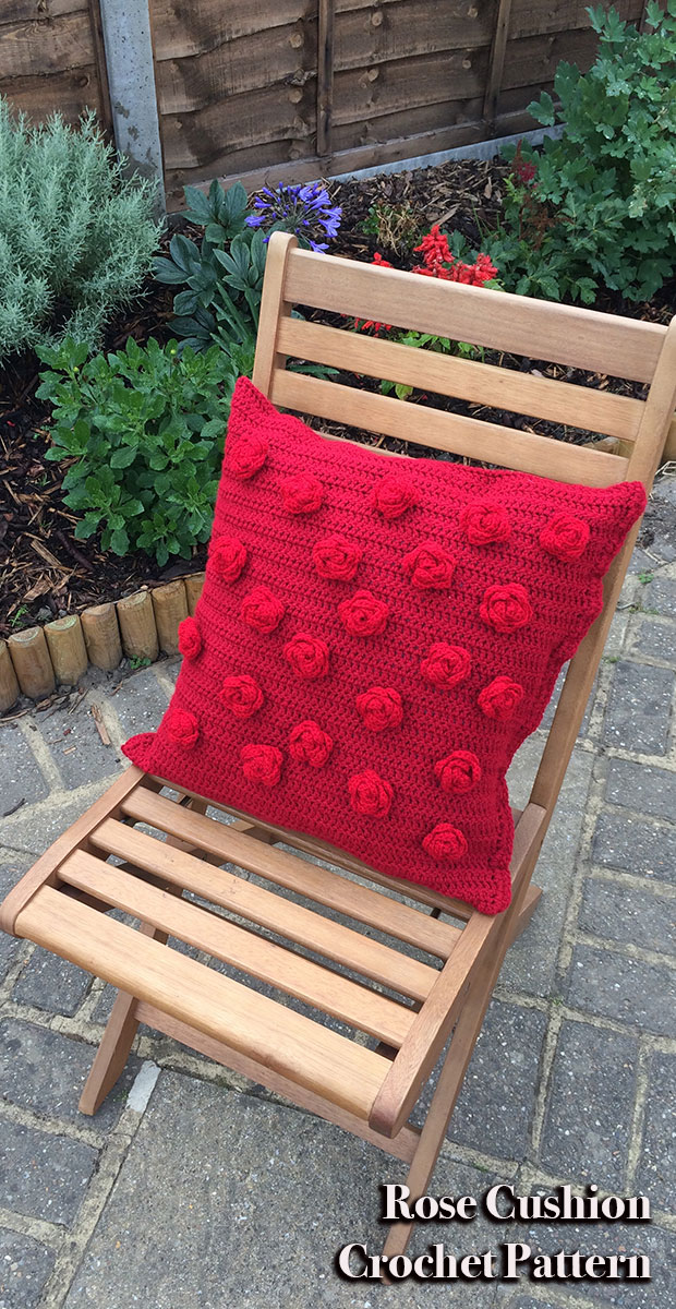 Beautiful red rose cushion to crochet at home - free pattern