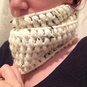 How to crochet your own infinity scarf - free crochet infinity scarf pattern